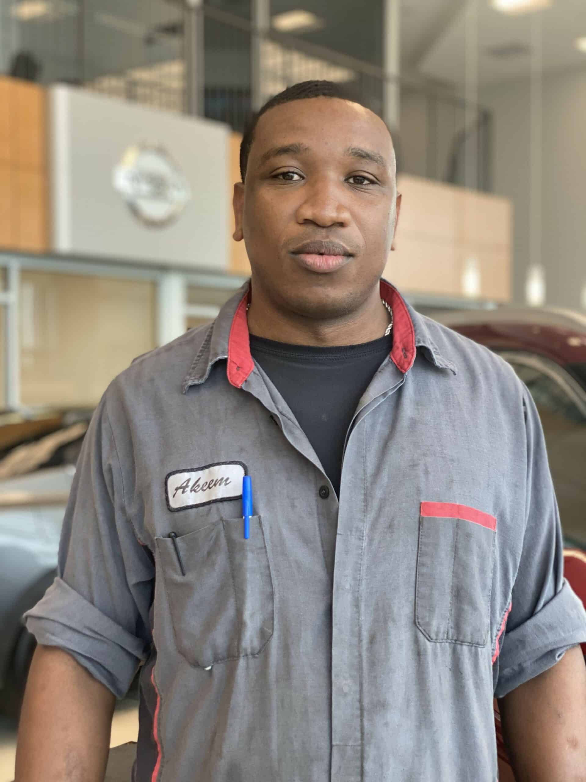 Akeem Burchel : Service Technician