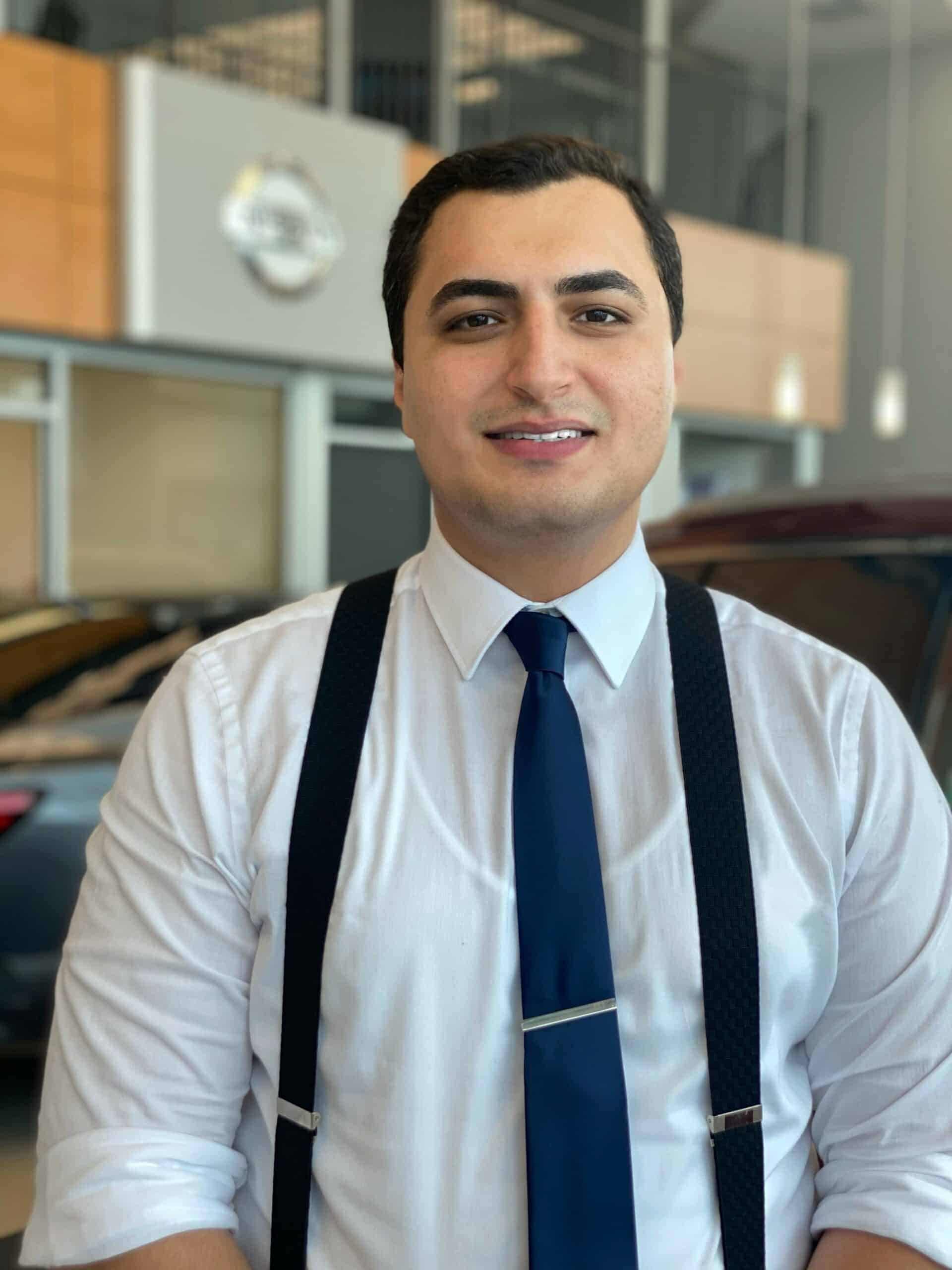 Alex El-Garhy : Sales and Leasing Consultant