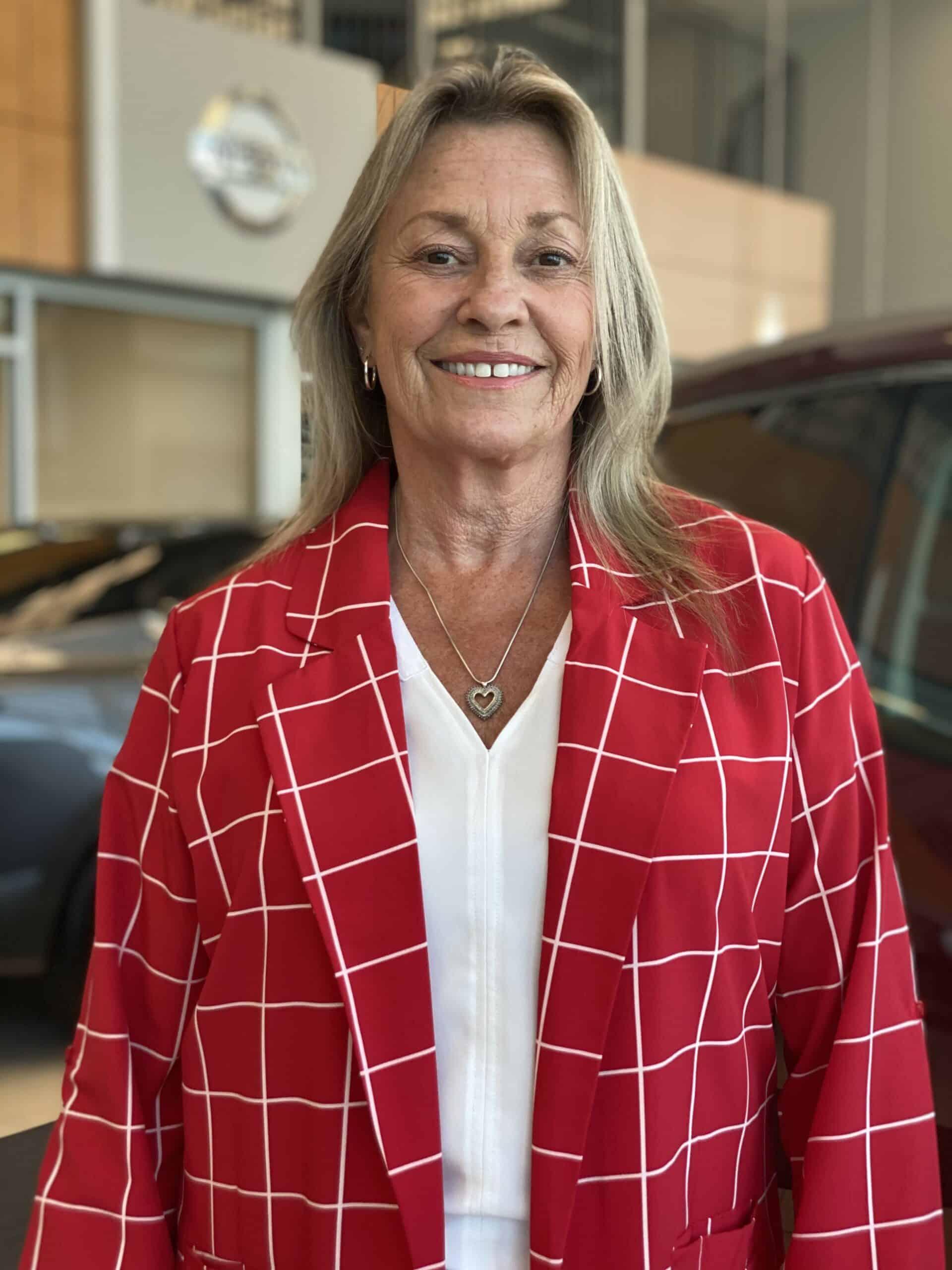 Debbie Livingston : Sales Coordinator