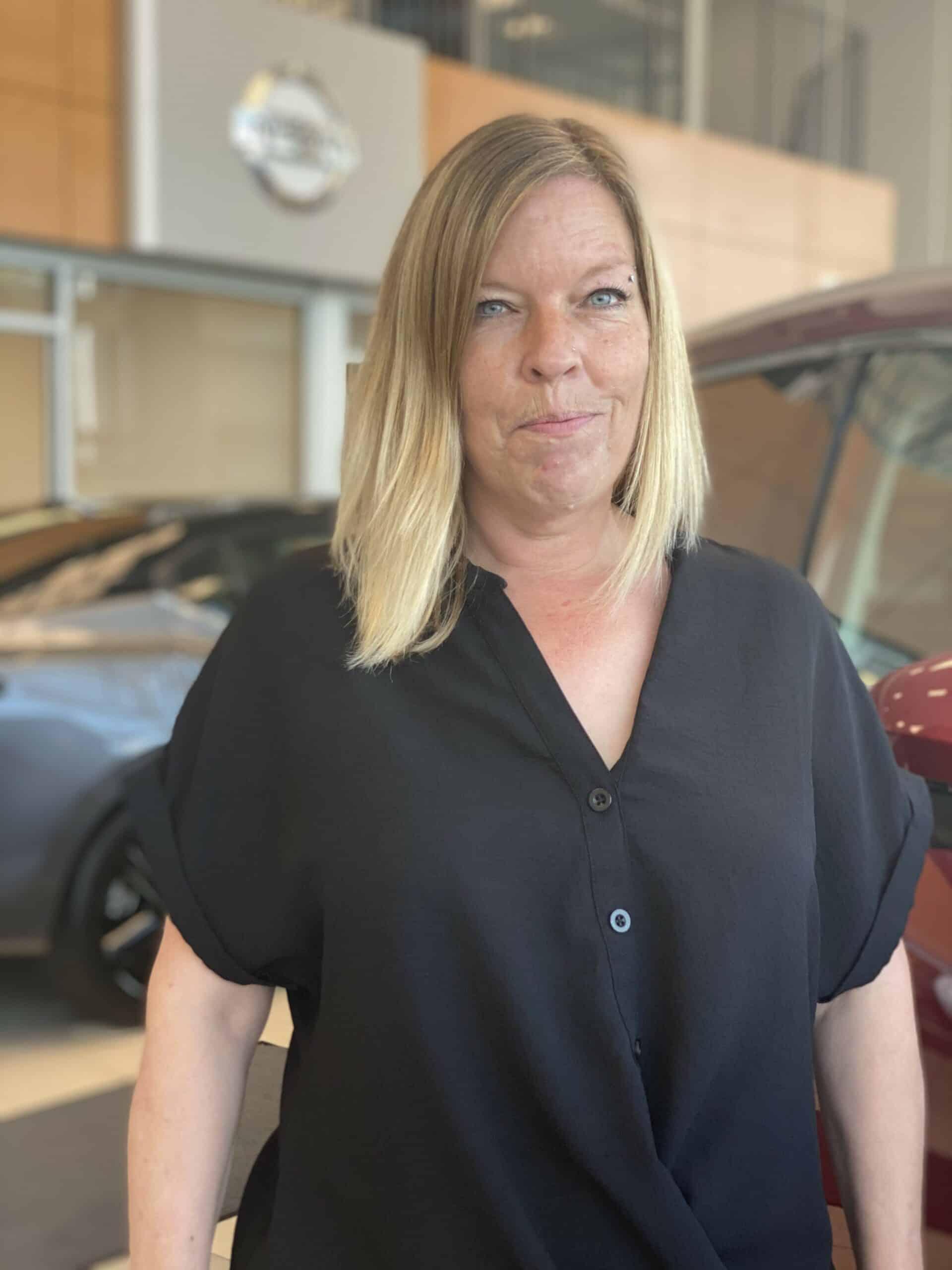 Kim MacDonald : Service Advisor