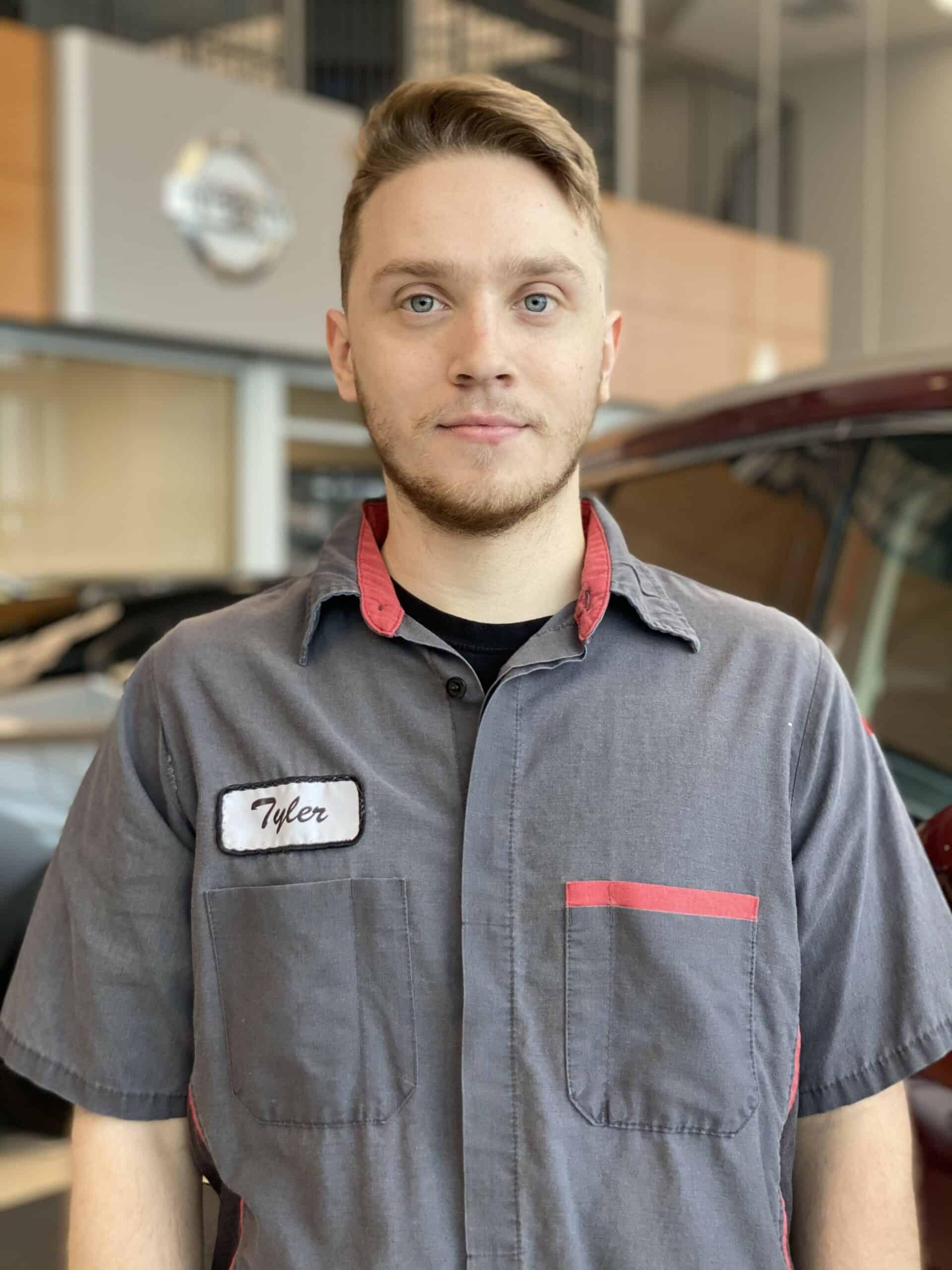 Tyler Gray : Apprentice Technician